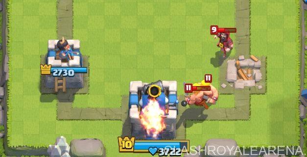 Quand dois-je attaquer la tour du roi ?